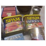 Banks: Spam, plastic, metal Ben Fra...