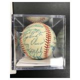 1986 MN Twins Autographed Ball ( see photos for players on ball )