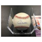 Paul Molitor Autographed Baseball ( JSA Authentication )