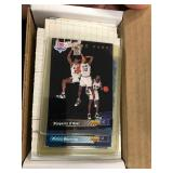 1992-93 Upper Deck Basketball Set with shaq rookie ( see photos for details )