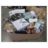 WHOLESALE MIXED PALLET OF MICELLANOUS KITCHEN COOKWARE ITEMS AND HOUSEWARES!