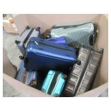 WHOLESALE MIXED PALLET OF MICELLANOUS SUITCASES AND LUGGAGE!