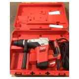 1-9/16 in. SDS-Max Rotary Hammer by Milwaukee Customer Returns See Pictures