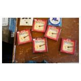 Guitar Strings / Vintage Flor Fina Cigar Box