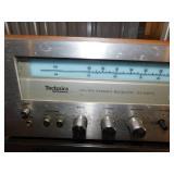 Technics SA-5270 FM/AM Stereo Receiver / Akai GXC-706D Stereo Cassette Deck