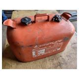 Evinrude 6 Gallon Marine Can...