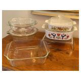 Pyrex, Corning Ware & Glassbake Kitchen Items