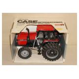 Ertl Case International 3294 Die Cast Tractor - 1/16 Scale