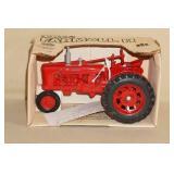 1986 Ertl Farmall H Die Cast Tractor - 1/16 Scale