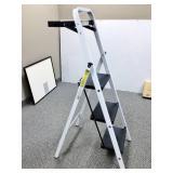 Tricam Industries 3 Step ladder, Great Hobbie Ladder