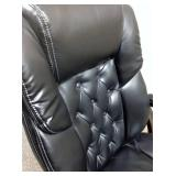 MSRP $1200 For The Big & Tall Guy In Your Life! Luxurious Leather Executive Office Ergonomic Adjustable Seat Armchair Tufted Back Ultra Comfort & Style Great Condition!