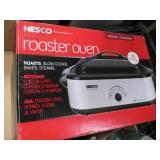 Nesco 18qt Roaster Oven that Roasts...