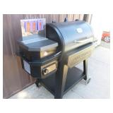 Pit Boss Pro Series BBQ Grill. New Condition. Shows error code ignitor on panel. As shown.