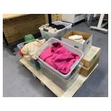 Pallet of Clothing