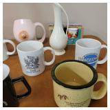 Vintage Novelty Creamer and Mugs