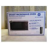 GE - 0.9 Cu. Ft. Microwave - Stainless Steel – Scan-to-Cook Technology – Amazon Alexa Compatible - Stainless steel