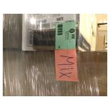 Lot of Assorted  and Mixed Bathroom Items Customer Returns See Pictures