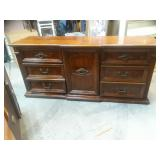 Large used furniture collectibles jewelry estate sale for Consignment furniture clearwater