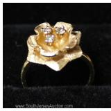 14 Karat Gold Diamond Flower Ring