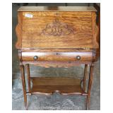 ANTIQUE Quartersawn Oak Ladies Slant Front Desk Located Inside – Auction Estimate $100-$300