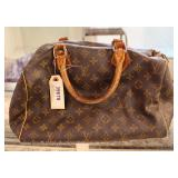 Certify Louis Vuitton Purse Located Inside – Auction Estimate $300-$600