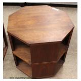 Mid Century Modern Octagon Bookshelf Lamp Table – auction estimate $100-$200