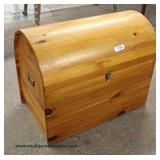 Dome Top All Natural Wood Trunk with Insert – auction estimate $100-$200