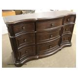 "NEW Contemporary ""Avalon Furniture"" 9 Drawer Mahogany Finish Dresser"
