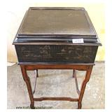 "Decorator ""Ethan Allen Furniture"" Mahogany Base Lift Top Stand  Auction Estimate $100-$200 – Locate"
