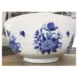 Large Asian Blue and White Bowl  Auction Estimate $100-$200 – Located Inside
