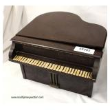 "VINTAGE Bakelite ""Lester"" Baby Grand Decorator Radio  Auction Estimate $100-$200 – Located Inside"