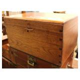 ANTIQUE Dovetailed Personal Procession Box with Interior  Auction Estimate $100-$300