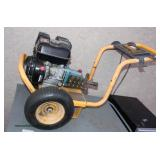 DeWalt Power Washer  Auction Estimate $20-$100 – Located Field