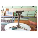 "ANTIQUE Edmund Scientific Co. Burlington, NJ"" Telescope  Auction Estimate $100-$200 – Located Field"