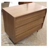 Mid Century Modern 3 Drawer Bachelors Chest Auction Estimate $100-$300 – Located Inside