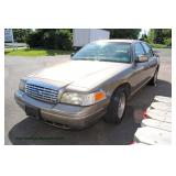 2001 Ford Crown LX Car, 4 Door with A/C, Leather Interior, Power Locks and Windows, Power Seats and