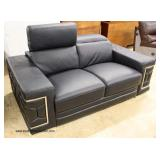 NEW Modern Design Italian Leather Loveseat with Adjustable Headrest   Auction Estimate $300-$600 – L