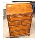 SOLID Maple Slant Front Ladies Desk  Auction Estimate $100-$200 – Located Inside