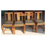 ANTIQUE 5 Piece Oak English Pub Table with 4 Chairs  Auction Estimate $100-$300 – Located Dock