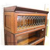 "ANTIQUE Oak ""Lundstrom Furniture Company"" 5 Stack Bookcase with Leaded Glass Top  Auction Estimate"