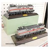 (2) Lionel GG-1 Electric Engine 4866 Pennsylvania on Stands one  with Box