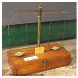 "ANTIQUE ""Herman Ohlbus Manufacturing"" Traveling Gold Scale  Auction Estimate $100-$200 – Located Gl"