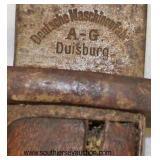 Lot 72: DWM Butcher Blade Bayonet for a Mauser Deutsche Machinenfabrik A-G Duisburg with leather an