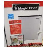 Magic Chef 4.5 Compact Refrigerator and Freezer  Galannz 3.1 Refrigerator Freezer with Crisper Dra