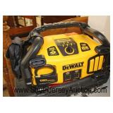 """DeWalt"" Combination Air/Jumper/and Power Invertor Box – 120 PSI Air Compressor 2800 Amps 1000 Watt"