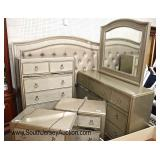 Lot: 688 - Coaster Furniture 6 piece Like New with tags  Coaster Furniture 6 piece Like New with tag