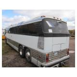 HERMANTOWN ONLINE AUCTIONS: QUALITY BUILT GREYHOUND STAINLESS STEEL RV COACH BUS ONLINE AUCTION