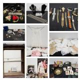 CLEANING OUT (WARE)HOUSE PART II - BIDDING ENDS 1/31