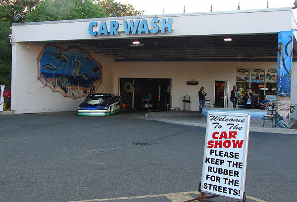 Southampton Car Wash and Detail Center logo
