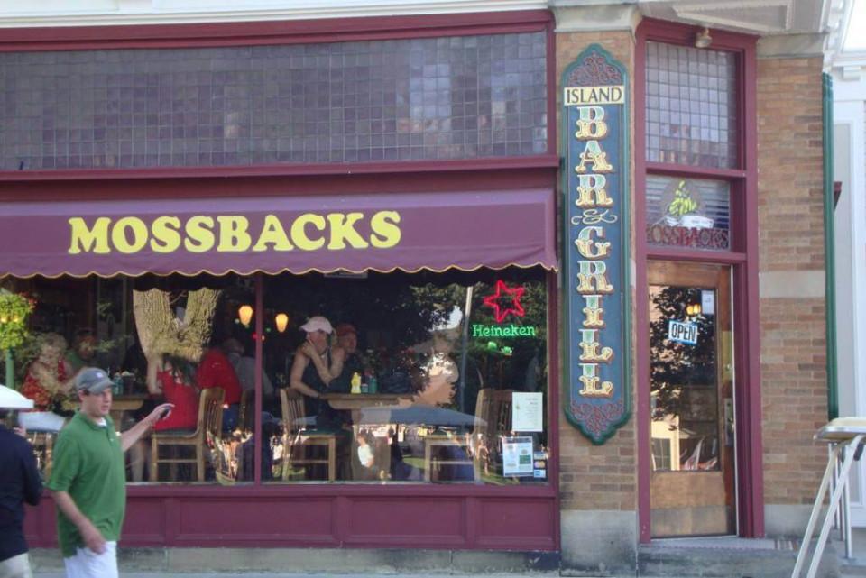 Mossbacks logo